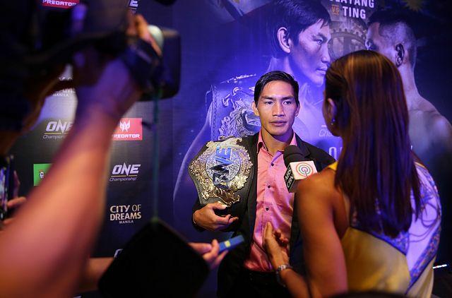 Eduard Landslide Folayang MMA Stats, Pictures, News