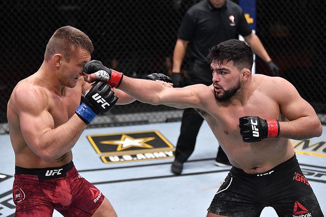 Kelvin Gastelum Replaces Paulo Costa, Meets Robert Whittaker at UFC on ESPN 22